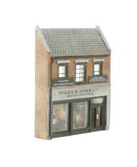 Graham Farish 42-224 Low Relief Town Garage (44 x 10 x 54mm)