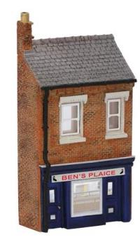 Graham Farish 42-231 Low Relief Fish & Chip Shop (31 x 10 x 56mm)
