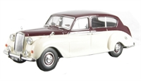 Oxford Diecast 43AP005 Austin Princess (Late) Maroon/Old English white