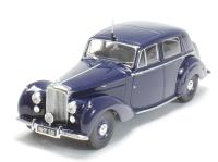 Oxford Diecast 43BN6001 Bentley MK VI in dark blue (as owned by Ivo Peters, railway photographer)