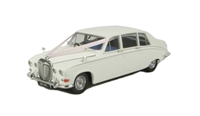 Oxford Diecast 43DS001W Daimler DS420 Limousine Wedding Car in Old English white