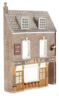 Bachmann Branchline 44-232 Low Relief Pub (86 x 20 x 122mm)