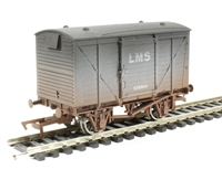 Dapol 4F-011-002 Ventilated van in LMS livery - weathered