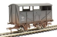 Dapol 4F-020-004 Cattle Wagon 13824 GWR - weathered