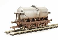 Dapol 4F-031-014 6 Wheel Milk Tank Unigate Silver 70346 - weathered