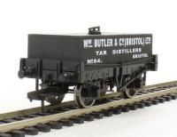 "Dapol 4F-032-005 Rectangular tank wagon ""WM Butler & Co."""