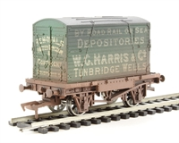 "Dapol 4F-037-101 Conflat wagon and container ""W C Harris"" - weathered"