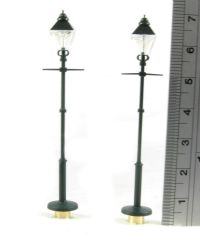Heljan 50222 Old style street light - Satin Green (twin pack)