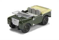 """Oxford Diecast 76LAN180005 Land Rover Series 1 80"""" Flat Back """"Bronze Green"""". Used with 76LTR001 car transporter."""