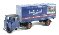 "Oxford Diecast 76MH004 Mechanical Horse van trailer in ""LNER"" livery"
