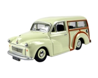 Oxford Diecast 76MMT001 Morris Minor Traveller in Old English white