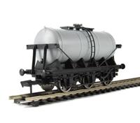 Dapol A021 Unpainted 6 wheel milk tanker