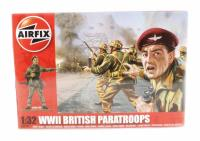 Airfix A02701 WWII British Paratroops in assorted poses (14)
