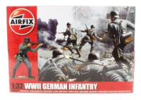 Airfix A02702 WWII German Infantry in assorted poses (x14)