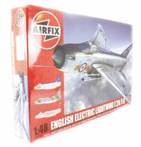 Airfix A09178 English Electric Lightning F2A/F6 with RAF marking transfers