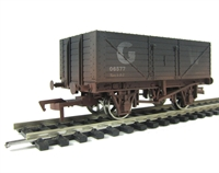 Dapol B348AW 7 plank wagon 6577 in GWR livery - weathered