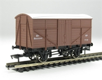 Dapol B584a Fruit mex wagon B833340 in BR bauxite