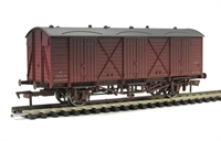 Dapol 4F-014-004 Fruit D van W2010 in BR maroon - weathered