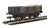 Dapol 4F-040-006 4 plank wagon 44404 in GWR Grey livery with wood load - weathered (ex-B761AW)