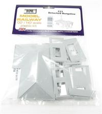 Dapol C021 Detached Bungalow plastic kit