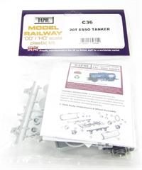 """Dapol C036 20T Class B Tanker """"Esso"""" plastic kit"""