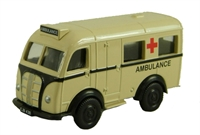 "Pocketbond ""Classix"" EM76695 Austin K8 Welfarer Ambulance"