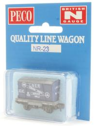 Peco Products NR-23 Conflat with Container - LNER Furniture Removals