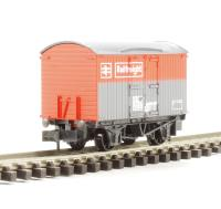 Peco Products NR-42R Box Van BR Railfreight in red