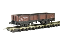 Peco Products NR-7EW Ferry tube wagon - bauxite. Weathered
