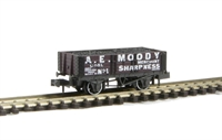 "Peco Products NR-P441 5 plank wagon ""A.E Moody of Sharpness, Gloucstershire"" with coal load"