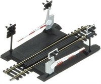Hornby R645 Single track level crossing