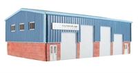 """Hornby R9658 Workshops/Industrial Unit """"Stephens & Laye - Shopfitters"""""""