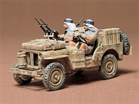Tamiya 35033 British SAS (Special Air Service) Jeep with 2 figures in desert uniform