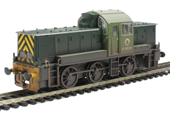 1403 Class 14 D9535 in BR green - weathered