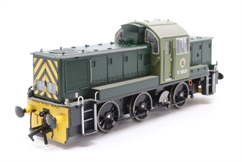1404-PO07 Class 14 D9521 in BR green - Pre-owned - DCC Sound-fitted - broken cab steps - kadee couplings