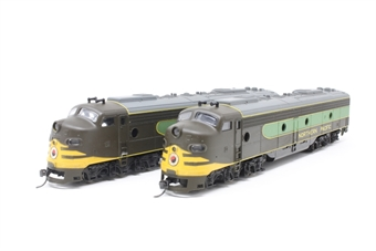 1825RIV-PO EMD E8A Twin Pack of the Northern Pacific Railroad (one powered, one unpowered dummy) - Pre-owned - Like new - imperfect boxes