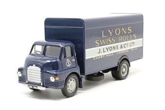 "19301Corgi-PO02 Bedford S Van in ""J.Lyons & Co."" livery - Golden Oldies Range - Pre-owned - Like new"