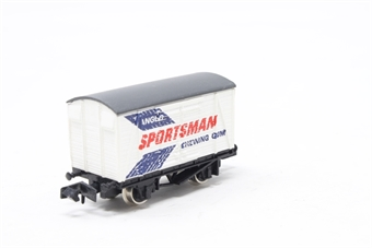 2411Farish-PO04 12T Twin Vent Van 'Anglo Sportsman' - Pre-owned - Like new