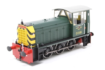 2502-PO01 Class 05 Hunslet shunter D2581 in BR green with wasp stripes - Pre-owned - Like new