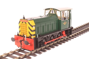 2592 Class 05 shunter in BR green with wasp stripes (early version)