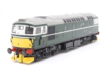 2601-PO02 Class 26 BRCW Sulzer diesel D5326 in BR green with small yellow panels - Pre-owned - DCC fitted - detailed with snowploughs and three-link couplings