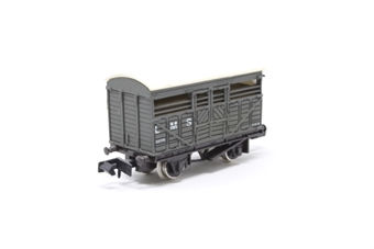 2601Farish-PO05 Cattle Wagon LMS - Pre-owned - Like new