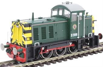2904 Class 07 shunter D2986 in BR green with wasp stripes