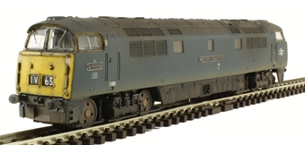 """2D-003-011 Class 52 D1009 """"Western Invader"""" in BR Blue with full yellow ends - weathered"""