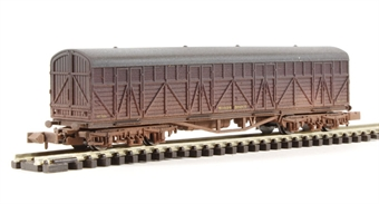 2F-023-008 Siphon H milk wagon 1434 in BR livery - weathered