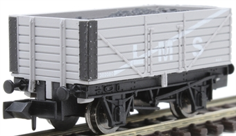 2F-071-034 7-plank open wagon 302080 in LMS livery