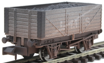2F-071-035 7-plank open wagon 302080 in LMS livery - weathered
