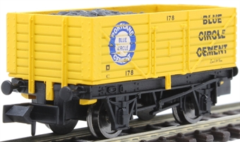 """2F-071-054 7-plank open wagon """"Blue Circle Cement"""""""