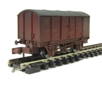 "2F-013-006 Gunpowder van ""North East"" - weathered"