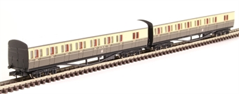 2P-003-006 GWR B Set 6411 and 6412 in GWR chocolate and cream with Twin Cities crest